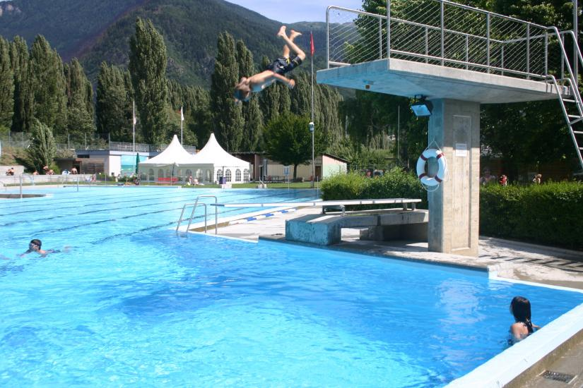 Massives defizit f r visper schwimmbad for Schwimmbad shop