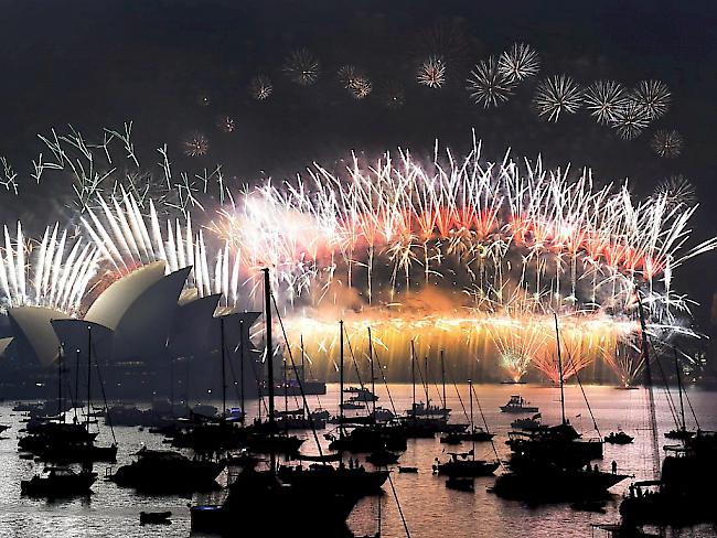 Wo Hat Das Neue Jahr Schon Begonnen