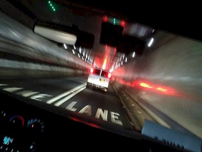 44 Verletzte Nach Busunfall In New Yorker Tunnel 1815 Ch