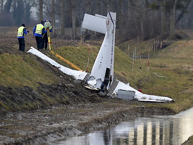 News Zu Flugzeugabsturz